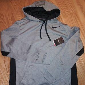 NWT. Nike therma fit hoodie.